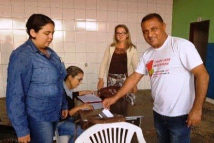 <p>Chapa única é eleita no Sindicato de Rondonópolis com 97,36% dos votos. O bancário do Bradesco (ex-HSBC) Luiz Carlos Morais Delgado &#8220;Caio&#8221; foi reeleito presidente</p>
