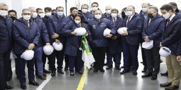 Por falhas de logística, Pazuello deixa 11 estados sem vacina no primeiro dia de imunização