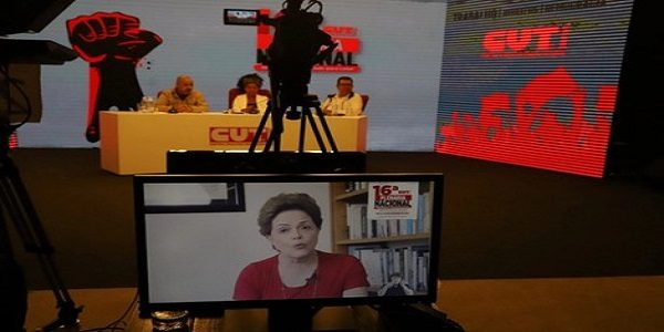 Brasil atingiu o mais fundo patamar de horror, afirma Dilma durante Plenária da CUT